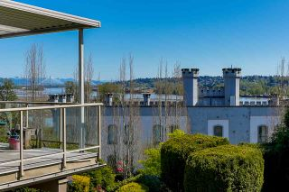"""Photo 1: 303 70 RICHMOND Street in New Westminster: Fraserview NW Condo for sale in """"GOVERNOR'S COURT"""" : MLS®# R2571621"""