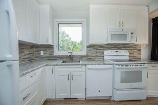 Photo 7: 90 Newcastle Road in Winnipeg: Fort Richmond House for sale (1K)  : MLS®# 1716810