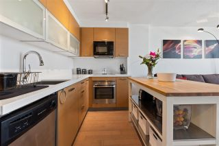 """Photo 10: 1311 10777 UNIVERSITY Drive in Surrey: Whalley Condo for sale in """"CITY POINT"""" (North Surrey)  : MLS®# R2537926"""