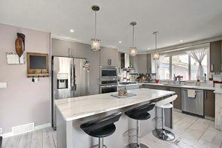 Photo 5: 6511 24 Avenue NE in Calgary: Pineridge Detached for sale : MLS®# A1152283