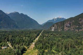 "Photo 4: 146 DOGHAVEN Lane in Squamish: Upper Squamish Land for sale in ""Upper Squamish"" : MLS®# R2602949"