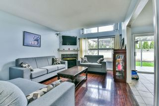 """Photo 5: 31 7330 122 Street in Surrey: West Newton Townhouse for sale in """"STRAWBERRY HILL ESTATES"""" : MLS®# R2267551"""