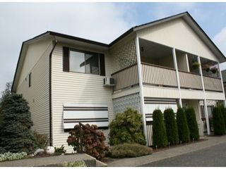 "Photo 1: # 39 32959 GEORGE FERGUSON WY in Abbotsford: Central Abbotsford Townhouse for sale in ""OakHurst Park"" : MLS®# F1321551"