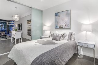 """Photo 10: 266 E 2ND Avenue in Vancouver: Mount Pleasant VE Townhouse for sale in """"Jacobsen"""" (Vancouver East)  : MLS®# R2212313"""