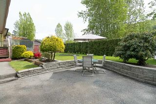 Photo 18: 35386 WELLS GRAY Avenue in Abbotsford: Abbotsford East House for sale : MLS®# R2164602