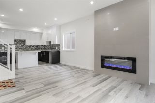 Photo 7: # 2 10917 68 Avenue in Edmonton: Zone 15 Duplex Front and Back for sale : MLS®# E4233427
