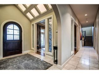 Photo 4: 108 Spring Valley Way SW in Calgary: Springbank Hill Detached for sale : MLS®# A1119462