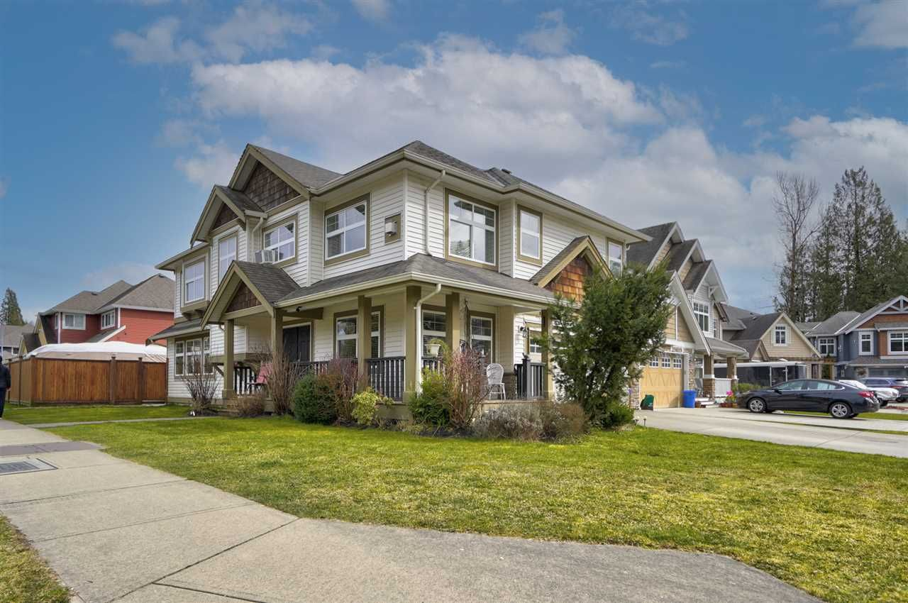 Main Photo: 8778 Parker Court in Mission: House for sale : MLS®# R2555053