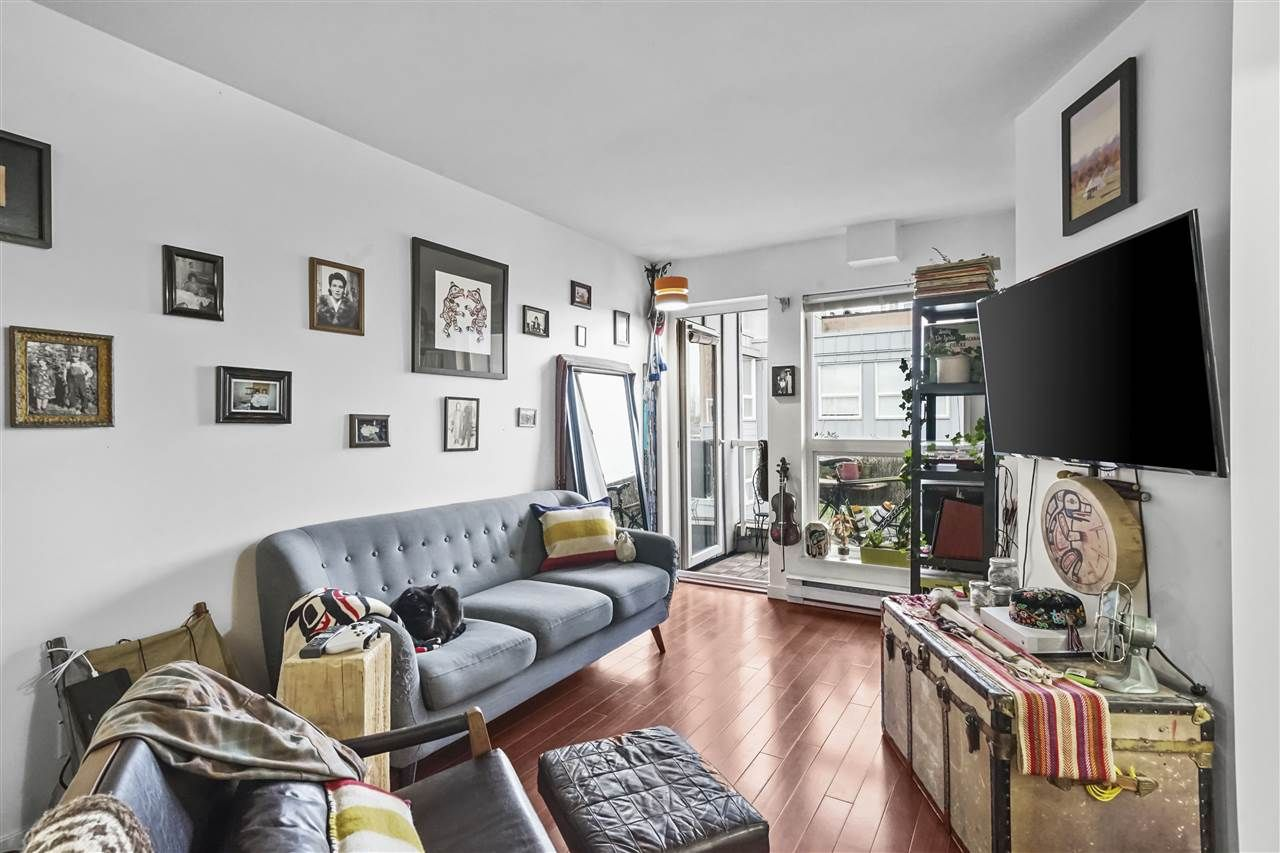 """Main Photo: 407 2891 E HASTINGS Street in Vancouver: Hastings Sunrise Condo for sale in """"Park Renfrew"""" (Vancouver East)  : MLS®# R2517995"""