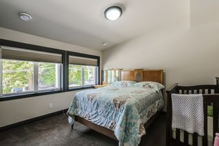 Photo 13: : Home for sale : MLS®# F1447426