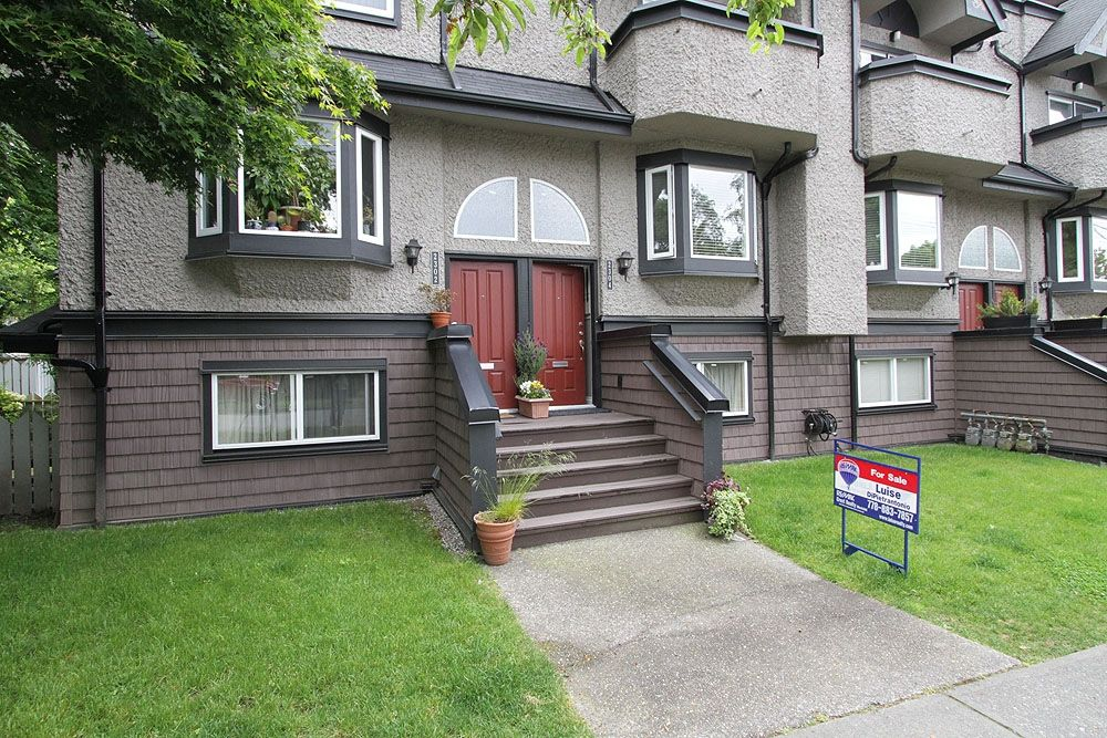 Main Photo: 2304 VINE ST in Vancouver: Kitsilano Townhouse for sale (Vancouver West)  : MLS®# V894432