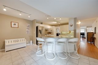 Photo 8: 9732 91 Street in Edmonton: Zone 18 Townhouse for sale : MLS®# E4206233