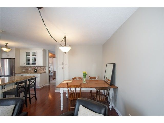 Photo 7: Photos: 2045 CLIFFWOOD RD in North Vancouver: Deep Cove House for sale : MLS®# V1106333