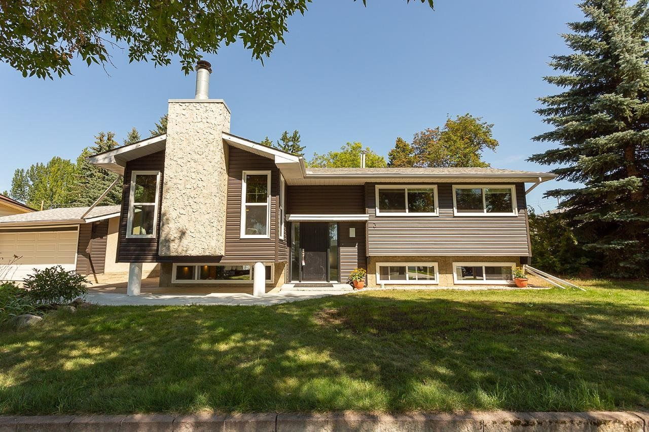 Main Photo: 3 SCARBORO Place: St. Albert House for sale : MLS®# E4258127