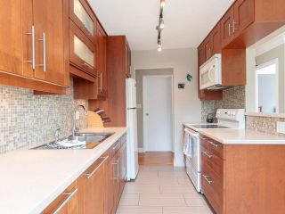 """Photo 19: 207 270 W 1ST Street in North Vancouver: Lower Lonsdale Condo for sale in """"Dorest Manor"""" : MLS®# R2625084"""