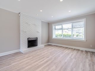 """Photo 2: 8740 213 Street in Langley: Walnut Grove House for sale in """"Forest Hills"""" : MLS®# R2595638"""