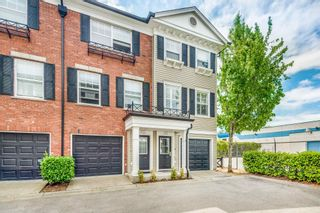 """Photo 3: 55 11067 BARNSTON VIEW Road in Pitt Meadows: South Meadows Townhouse for sale in """"COHO 1"""" : MLS®# R2603358"""
