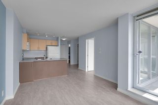 """Photo 9: 2201 550 TAYLOR Street in Vancouver: Downtown VW Condo for sale in """"Taylor"""" (Vancouver West)  : MLS®# R2608847"""