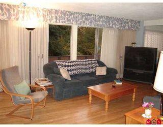 """Photo 3: 11328 GLEN AVON DR in Surrey: Bolivar Heights House for sale in """"BIRDLAND"""" (North Surrey)  : MLS®# F2619339"""