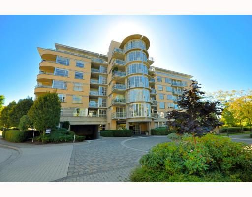 """Main Photo: 512 2655 CRANBERRY Drive in Vancouver: Kitsilano Condo for sale in """"New Yorker"""" (Vancouver West)  : MLS®# V787040"""