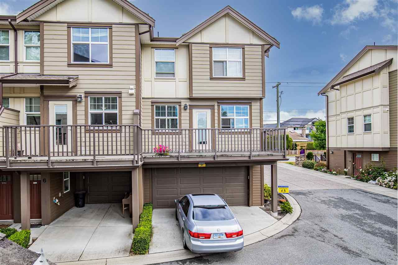 """Main Photo: 5 33860 MARSHALL Road in Abbotsford: Central Abbotsford Townhouse for sale in """"Marshall Mews"""" : MLS®# R2528365"""