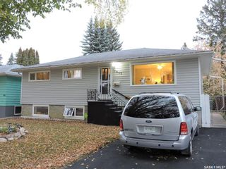 Photo 3: 1917 St Charles Avenue in Saskatoon: Exhibition Residential for sale : MLS®# SK873625