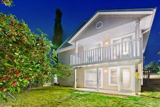 Photo 2: BRIDLEWOOD PL SW in Calgary: Bridlewood House for sale
