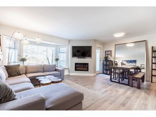 """Photo 3: 49 1195 FALCON Drive in Coquitlam: Eagle Ridge CQ Townhouse for sale in """"THE COURTYARDS"""" : MLS®# R2447677"""