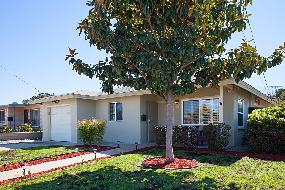 Main Photo: SAN DIEGO House for sale : 3 bedrooms : 6109 Thorn