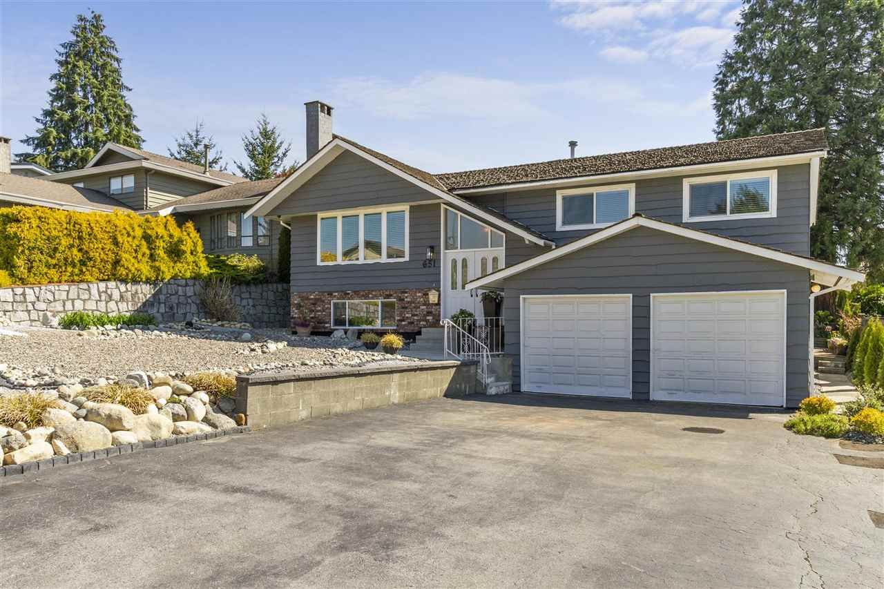Main Photo: 651 NEWPORT Street in Coquitlam: Central Coquitlam House for sale : MLS®# R2569634