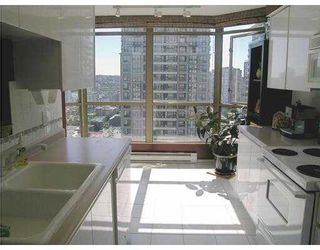 """Photo 6: 2602 867 HAMILTON Street in Vancouver: Downtown VW Condo for sale in """"JARDINE'S LOOKOUT"""" (Vancouver West)  : MLS®# V674303"""