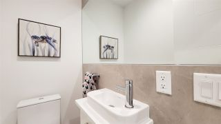 """Photo 16: 8 1133 RIDGEWOOD Drive in North Vancouver: Edgemont Townhouse for sale in """"EDGEMONT WALK"""" : MLS®# R2565453"""