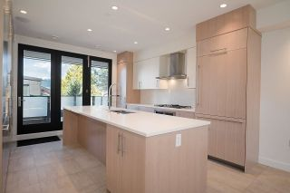 Photo 10: 2913 TRINITY Street in Vancouver: Hastings Sunrise House for sale (Vancouver East)  : MLS®# R2590768