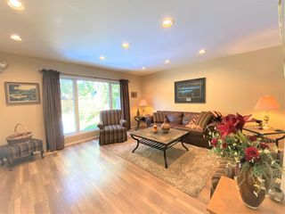Photo 9: 518 Charleswood Road in Winnipeg: Charleswood Residential for sale (1G)  : MLS®# 202120289