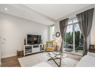 """Photo 3: 71 8438 207A Street in Langley: Willoughby Heights Townhouse for sale in """"York by Mosaic"""" : MLS®# R2244503"""