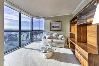 "Photo 5: 1504 121 TENTH Street in New Westminster: Uptown NW Condo for sale in ""VISTA ROYALE"" : MLS®# R2535573"