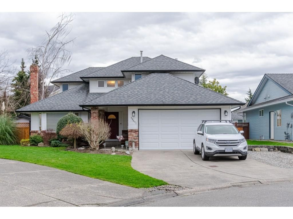 """Main Photo: 18677 61A Avenue in Surrey: Cloverdale BC House for sale in """"EAGLECREST"""" (Cloverdale)  : MLS®# R2426392"""