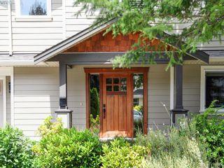 Photo 2: 2982 Harlequin Pl in VICTORIA: La Goldstream House for sale (Langford)  : MLS®# 821181