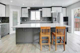 Photo 5: 80 EDGERIDGE View NW in Calgary: Edgemont Detached for sale : MLS®# C4293479