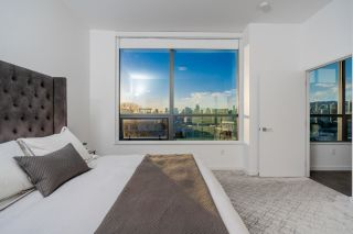 """Photo 12: 1402 1688 PULLMAN PORTER Street in Vancouver: Mount Pleasant VE Condo for sale in """"NAVIO AT THE CREEK"""" (Vancouver East)  : MLS®# R2603444"""