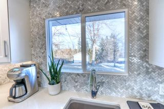 Photo 5: 42 Hays Drive SW in Calgary: Haysboro Detached for sale : MLS®# A1095067