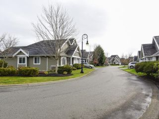 Photo 4: 27 2727 BRISTOL Way in COURTENAY: CV Crown Isle Row/Townhouse for sale (Comox Valley)  : MLS®# 832155