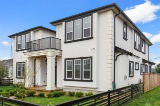 Photo 3: 934 CHILLIWACK Street in New Westminster: The Heights NW House for sale : MLS®# R2577983
