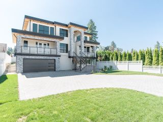 Photo 2: 20924 48 Avenue in Langley: Murrayville House for sale : MLS®# R2610012