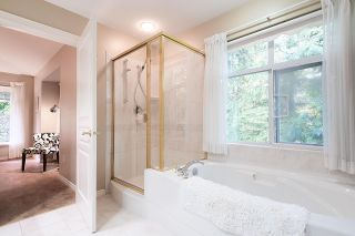 Photo 13: 1188 STRATHAVEN Drive in North Vancouver: Northlands Townhouse for sale : MLS®# R2215191