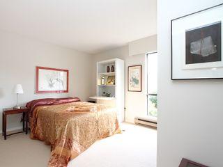 "Photo 11: # 302 3680 W 7TH AV in Vancouver: Kitsilano Condo for sale in ""JERICHO HOUSE"" (Vancouver West)  : MLS®# V998142"