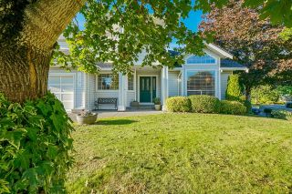 Photo 3: 16197 90A Avenue in Surrey: Fleetwood Tynehead House for sale : MLS®# R2617478