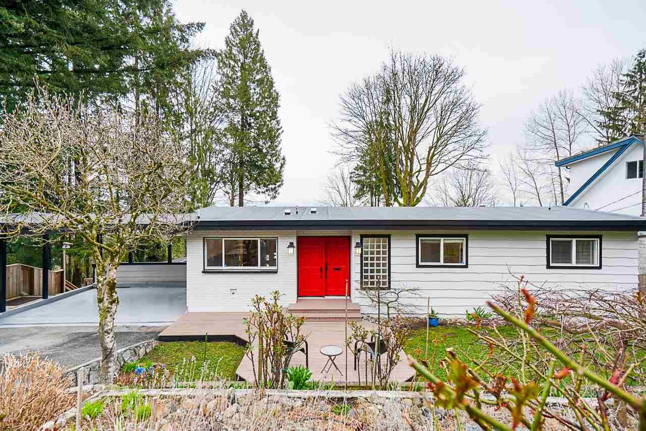 Main Photo: 3087 SPURAWAY Avenue in Coquitlam: Ranch Park House for sale : MLS®# R2561074