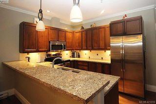 Photo 18: 409 755 Goldstream Ave in VICTORIA: La Langford Proper Condo for sale (Langford)  : MLS®# 833265