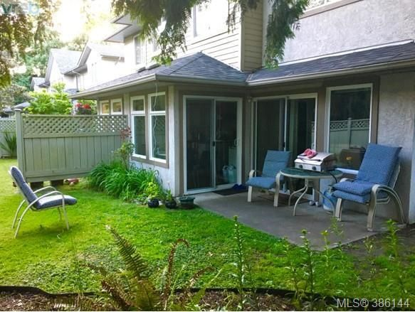 FEATURED LISTING: 12 - 2669 Shelbourne St VICTORIA